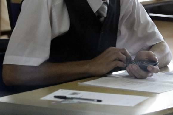 Próbny egzamin gimnazjalny trwa. Dziś uczniowie piszą matematykę. Odpowiedzi i arkusz testu będą dostępne w sieci.