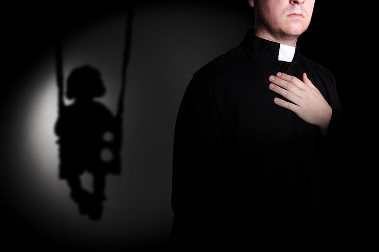 Arkadiusz Jakubik ujawnił księdza pedofila ze Strzelec Opolskich. Prokuratura ustaliła, że molestował 2 osoby, ale sprawa jest przedawniona