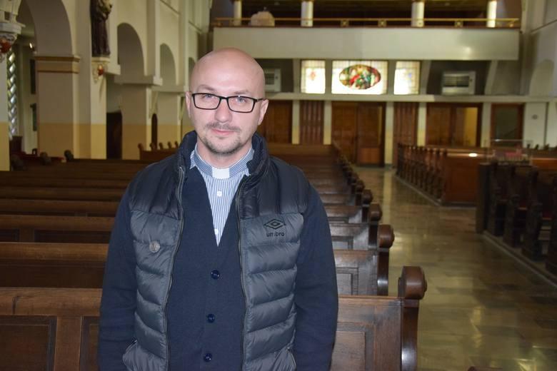Ojciec Grzegorz Kramer: Nie bronię ubeków, tylko tych, którym dzieje się krzywda