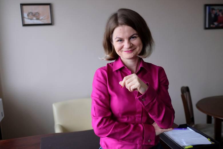 """Historię swojej służby i """"podziękowanie"""" za nią Marian Szłapa opisał w książce """"Na stos"""" (2019 r.)"""