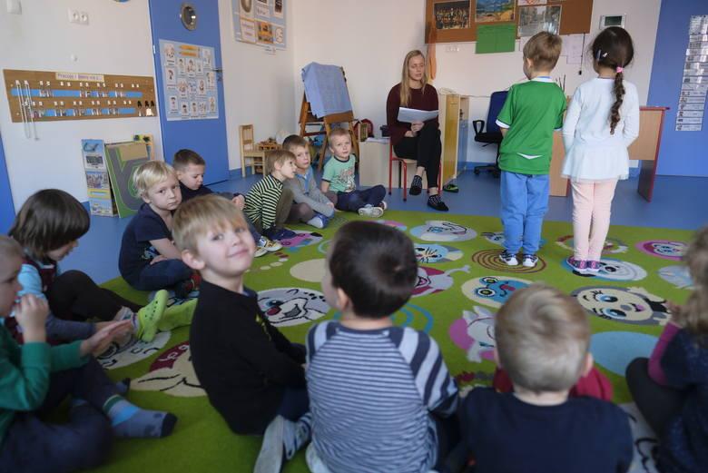 Rodzice są ostrożni, jeśli chodzi o posyłanie dzieci do przedszkoli miejskich. Świadczy o tym liczba dzieci zgłoszonych do toruńskich placówek. Do jednego