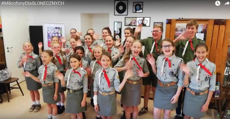 Harcerski Zespół Artystyczny Słoneczni śpiewa i tańczy od ponad 50 lat