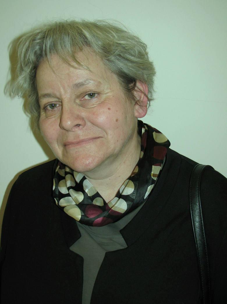 """Katarzyna Józefowicz pokaże wystawę """"Między słowami""""."""