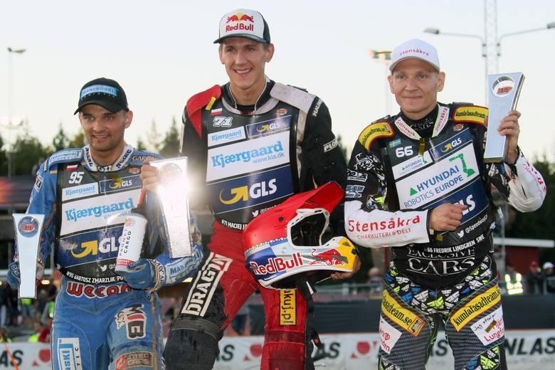 To był piękny polski wieczór w Hallstavik. Grand Prix Szwecji w pięknym stylu wygrał Maciej Janowski. Na najniższym stopniu podium stanął Bartosz Zmarzlik.Maciej