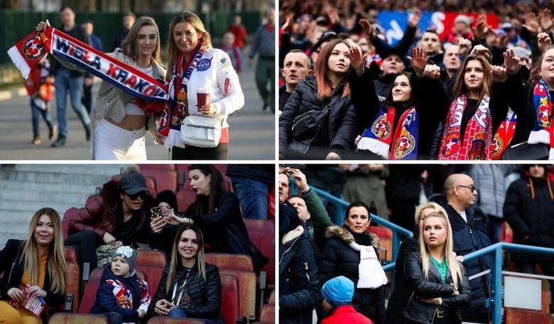 """Wisła Kraków. Najładniejsze fanki na meczach """"Białej Gwiazdy"""" na stadionie przy Reymonta w ostatnich latach [ZDJĘCIA]"""