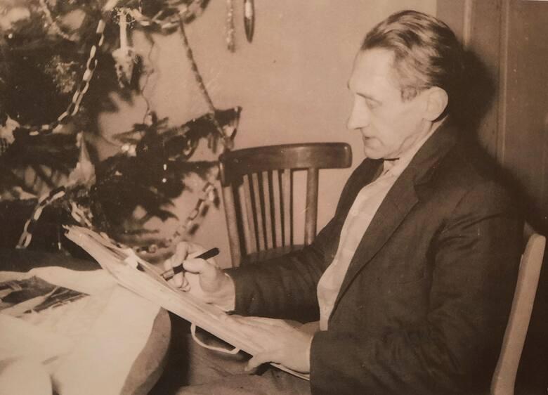 Wystawę obrazów i pamiątek Bronisława Gniazdowskiego (1901-1990) można oglądać w Muzeum im. Jana Dzierżona w Kluczborku.