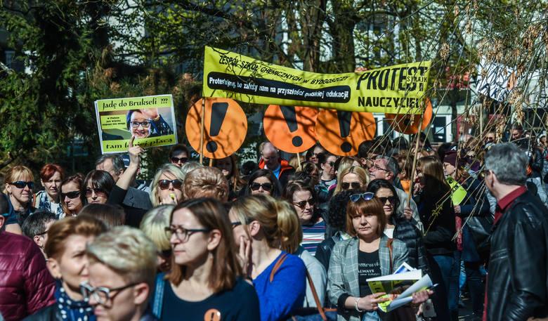 Kwietniowy strajk zmobilizował nauczycieli w całej Polsce, także w regionie