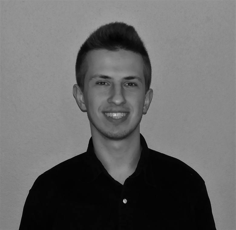 Przemysław Milowski (19 lat): Nauka, praca, sztuka<br /> Usłyszałem kiedyś, że w czasie wojny łatwiej jest być patriotą. Wtedy bowiem bardziej możemy wykazać się patriotyzmem i narodową postawą niż w czasie pokoju. Zgadzam się z tym. Ciężej udowodnić swoją postawę patriotyczną obecnie, w dobie...