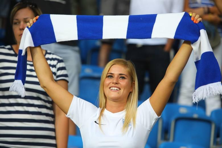 KOBIETYNa mecze Lecha Poznań w Poznaniu przychodzi najmniejszy odsetek kobiet. Stadion przy Bułgarskiej jest w trójce obiektów, na których najrzadziej