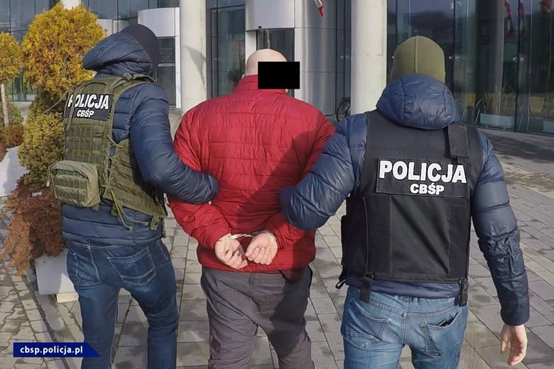 Seksbiznes w małym mieszkanku. Policjanci rozbili na Podkarpaciu sieć agencji towarzyskich