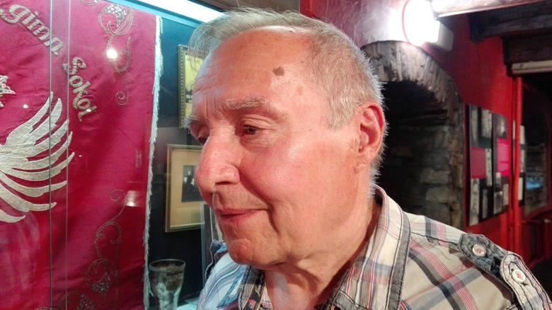 Stefan Maruszczyk, dziś 76-letni. Jego ojciec, Józef, służył w Wehrmachcie jako strzelec pokładowy i został zestrzelony nad Kaukazem w roku 1944.