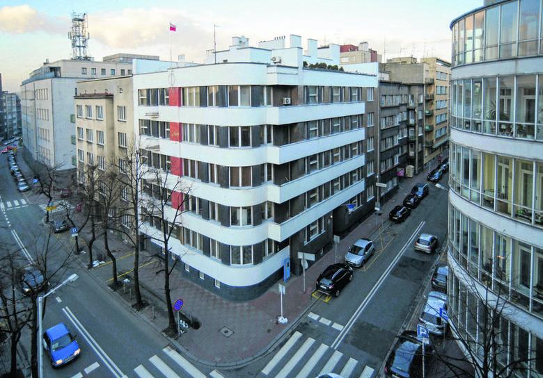 Katowicka moderna. Z lewej dom Wędlikowskiego