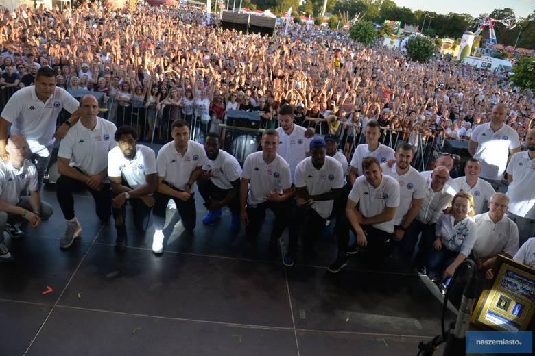 Wideo: Zawodnicy drużyny Anwilu Włocławek spotkali się z fanami
