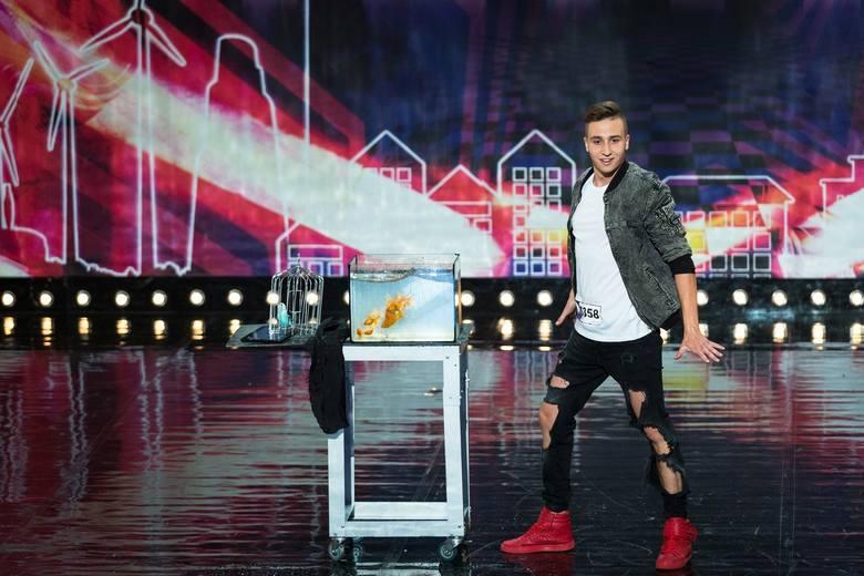 Bartek Lewandowski - 20-letni iluzjonista z Brzegu, finalista Mam Talent.