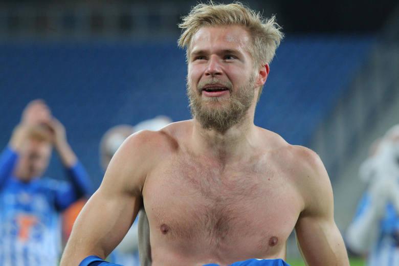Arajuuri w Lechu spędził trzy lata. W tym okresie przeżył wspaniałe chwile z mistrzostwem Polski włącznie, lecz też trudne momenty