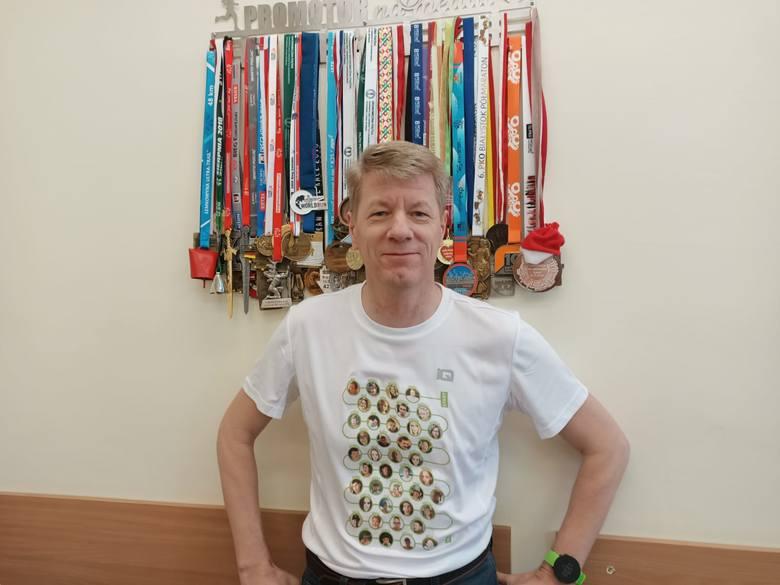 Profesor Zygmunt Waśkowski ukończył już 23 maratony. Ten najbliższy będzie jednak dla niego wyjątkowy