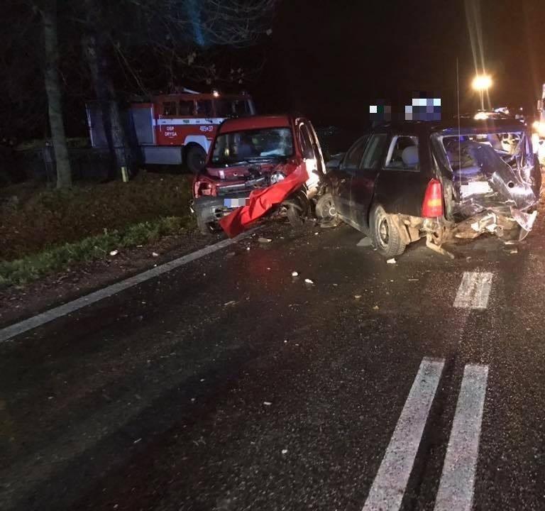 We wtorek, około godz. 22.30 na drodze krajowej nr 8 na na skrzyżowaniu do miejscowości Trzyrzecze i Dryga zderzyły się cztery pojazdy.