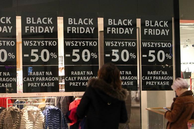 Wydatki w black friday przekroczą sumę 2,3 mld zł. Średnio wydamy około 340 zł.