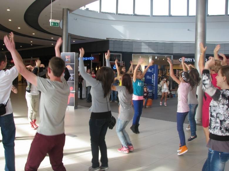 Flashmob w Karolince
