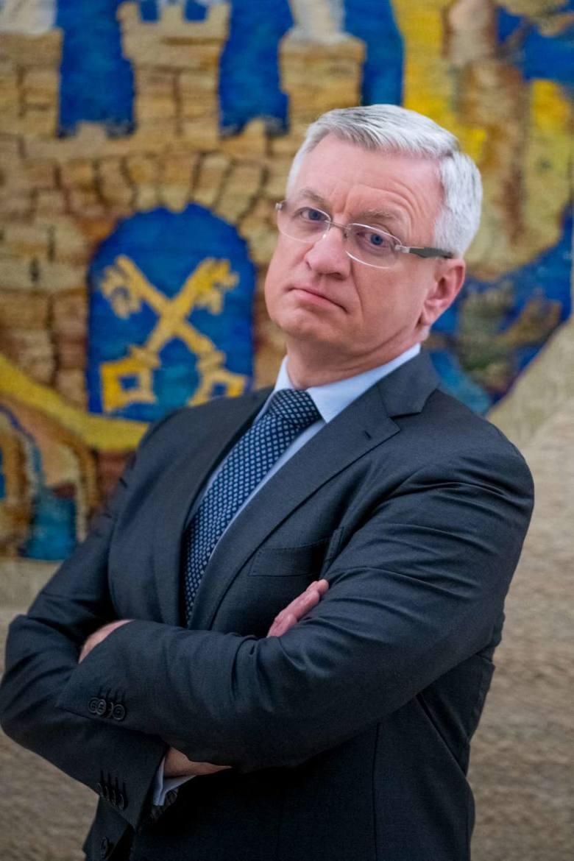 - W przyszłym roku zamierzamy wydać na inwestycje 1,2 miliarda złotych - zapowiada Jacek Jaśkowiak, prezydent Poznania. I zastrzega: To ambitny plan,