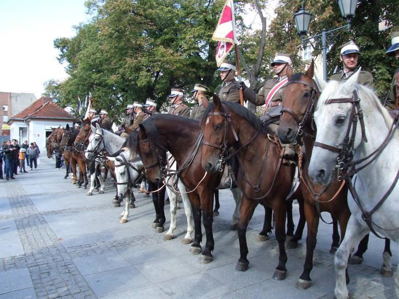 Klub jeździecki Joker z Działowa kultywuje tradycje Kawalerzystów 8. Pułku Strzelców Konnych. Wsparcie otrzymał na organizację obchodów setnej rocznicy