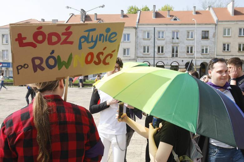"""8. Marsz Równości w Łodzi. """"Kobiety wszystkich płci — łączmy się"""""""