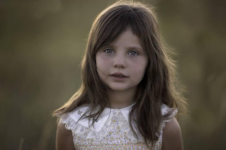 Julia to numer 1 w zestawieniu najpopularniejszych imion dla dziewczynek. Julia jest to imię pochodzenia rzymskiego, imię to stało się popularne od czasów