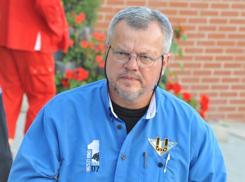 Czesław Czernicki jako trener zdobył mistrzostwo Polski z Morawskim Zielona Góra (1991) i Unią Leszno (2007).