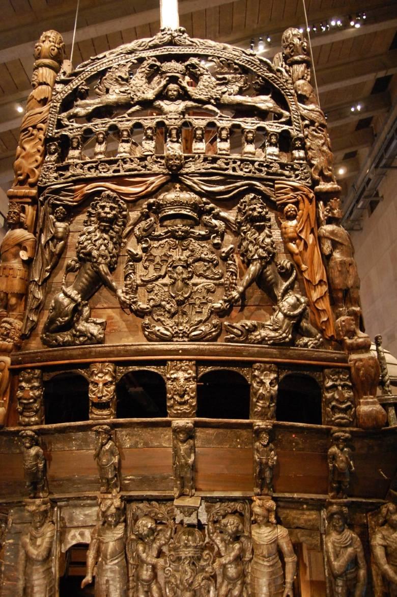 Wyobrażenie o XVII-wiecznych okrętach daje prezentowany w Sztokholmie galeon Vasa. Kristina była od niego mniejsza