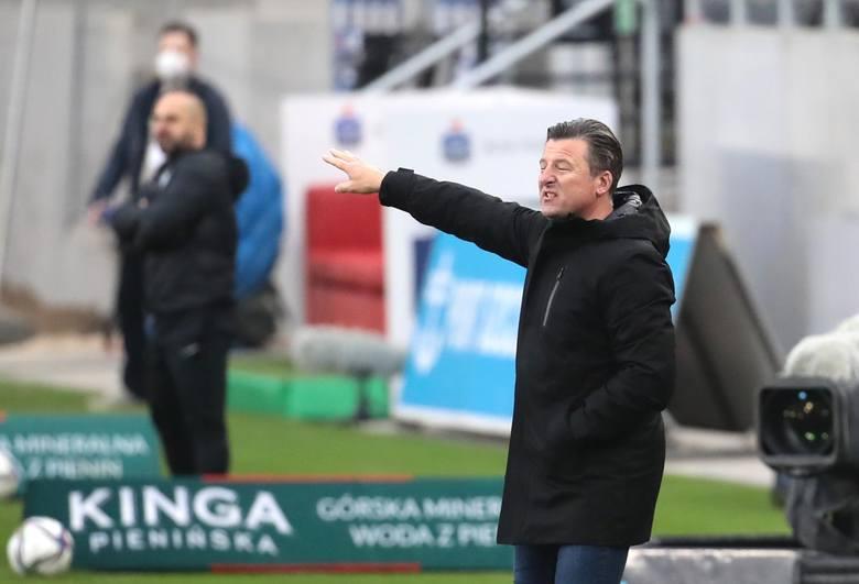 Makana Baku znowu dał Warcie Poznań punkty. Tym razem jego gol zapewnił remis. Dla Niemca była to piąta bramka w tym sezonie. Zdjęcia z meczu Pogoń Szczecin