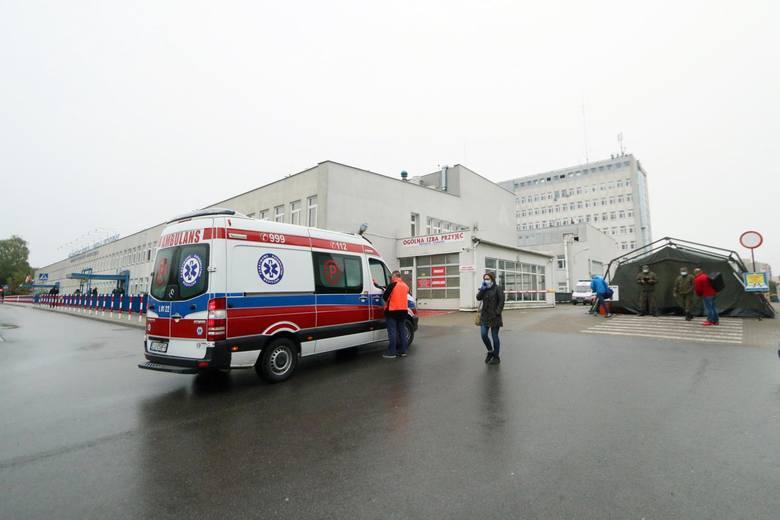 Koronawirus w Polsce: W niedzielę ponad 3,8 tys. zachorowań. Zmarło 147 osób