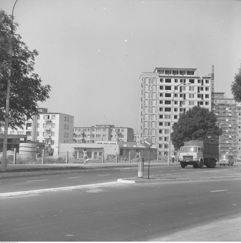 Na osiedlu Młodych w Białymstoku powoli wznoszone były wieżowce