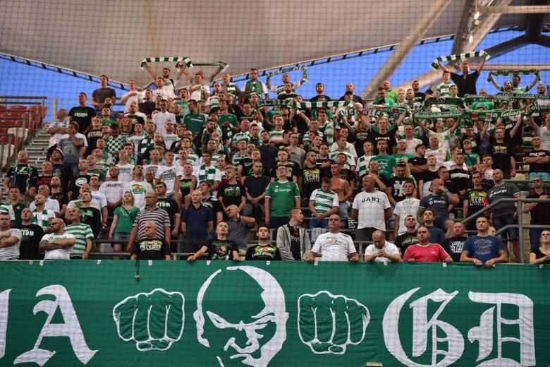 Legia Warszawa - Lechia Gdańsk. Kibice biało-zielonych wspierali drużynę w stolicy [zdjęcia]