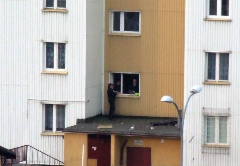 Białystok, ul. Swobodna 5. Samobójstwo kobiety