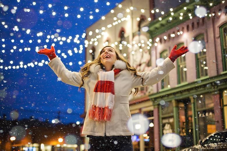 Boże Narodzenie, jakie znamy to zbiór tradycji sprzed wielu lat, symbolika religijna i popkulturowe wstawki, które na stałe zakorzeniły się w klimacie