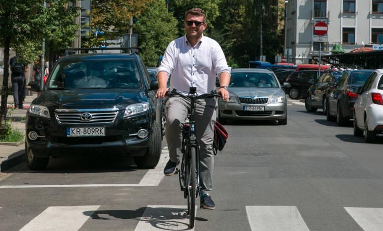 Kraków. Wnioskują o odwołanie dyrektora Łukasza Franka. Zarzucają mu, że doprowadził do komunikacyjnego chaosu na ulicach