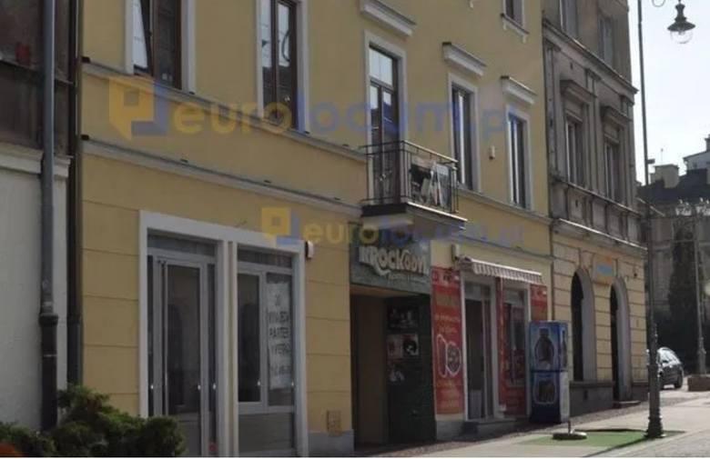 W Kielcach coraz więcej właścicieli decyduje się na sprzedać kamienice położone w centrum miasta. Pandemia i wprowadzone zakazy uniemożliwiały prowadzenie