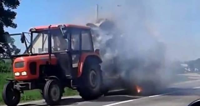 W czerwcu 2016 roku hitem sieci był traktor jadący z płonącą przyczepą. Sytuacja miała miejsce na drodze między miejscowościami Wityny - Oracze.