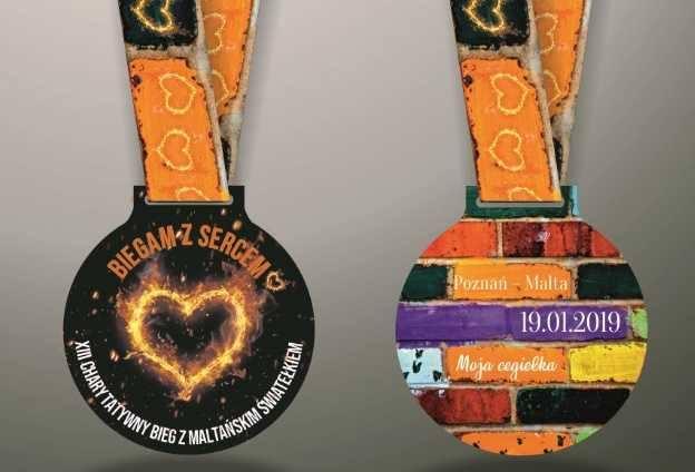 Tak wyglądają medale pamiątkowe dla uczestników sobotniego biegu nad Maltą