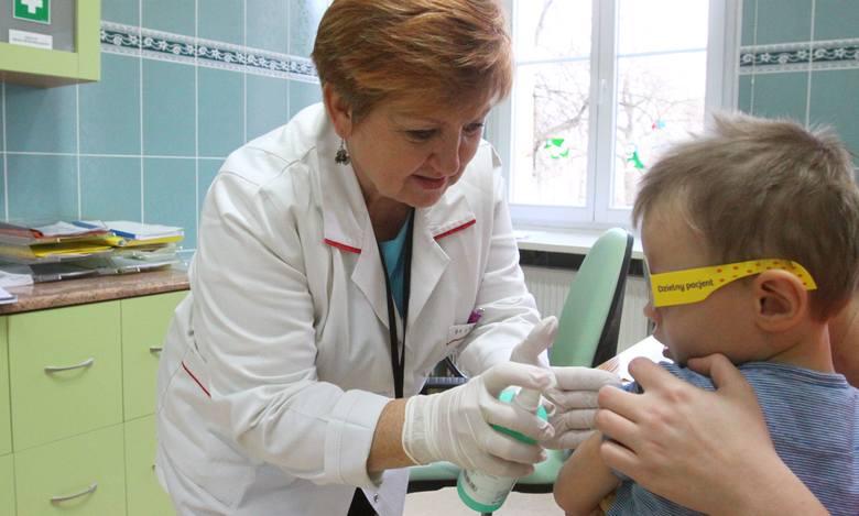 Coraz więcej rodziców nie szczepi swoich dzieci