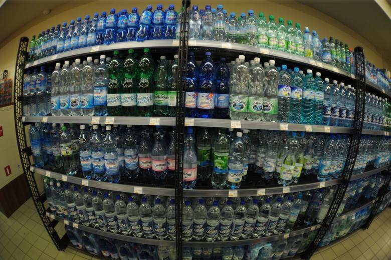 W pierwszej piątce producentów najrówniej traktujących wszystkie kanały sprzedaży znalazła się też Coca-Cola Company z jej najpopularniejszą wodą Kropla