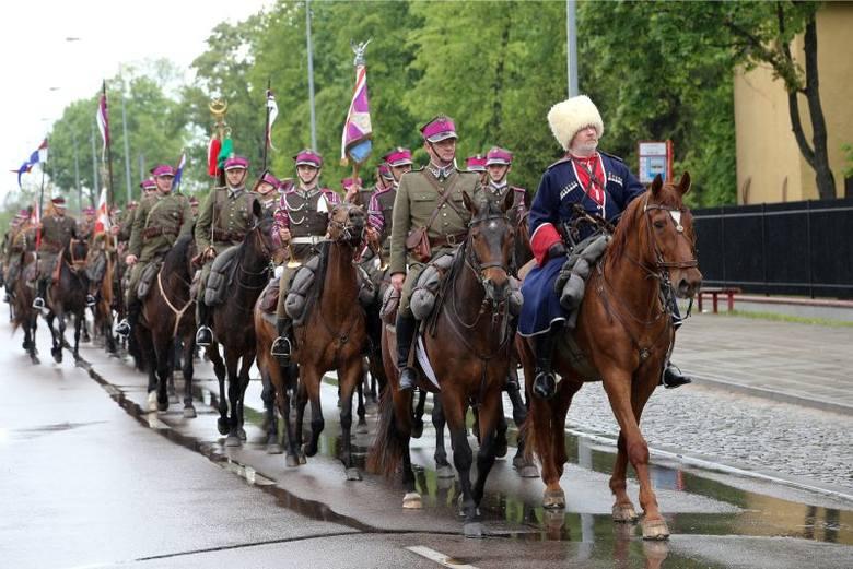 95. rocznica ustanowienia 10. Pułku Ułanów Litewskich (zdjęcia)