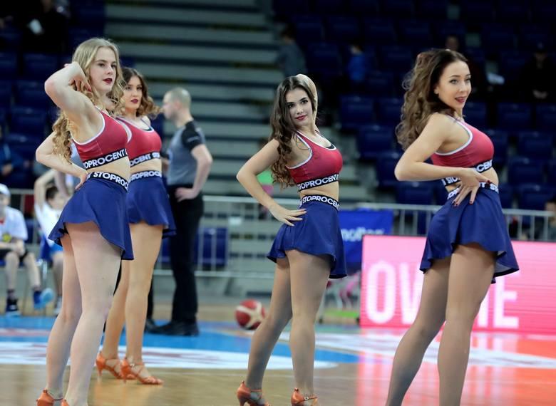 Koszykarze Kinga Szczecin wygrali trzy mecze z rzędu i wydawało się, że serię przedłużą po spotkaniu ze Śląskiem Wrocław. Niestety, przegrali. Kibice