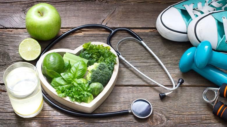 Najczęstszą przyczyną problemów z płodnością są złe nawyki żywieniowe i niewłaściwy styl życia. Niewiele osób zdaje sobie z tego sprawę, że palenie papierosów,