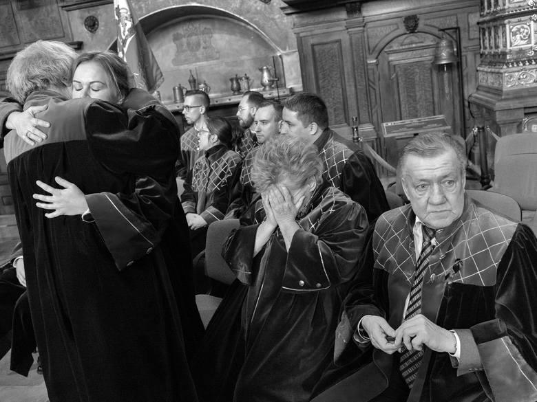 Zdjęcie pojedyncze - I miejsce w kategorii LUDZIEGdańsk. 13 stycznia 2019 roku podczas finału Wielkiej Orkiestry Świątecznej Pomocy został zamordowany