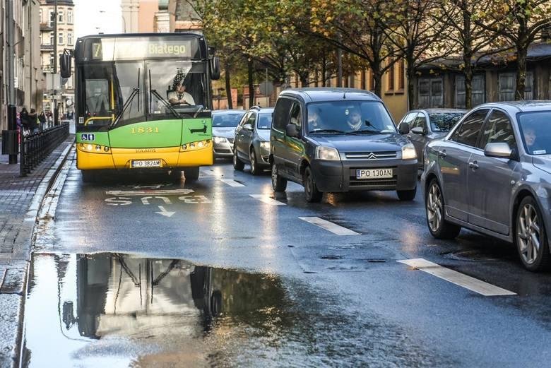 Wiemy, które poznańskie autobusy spóźniają się najbardziej. Sprawdź ranking! Oto 13 linii autobusowych, których punktualność pozostawia wiele do życzenia...Przejdź