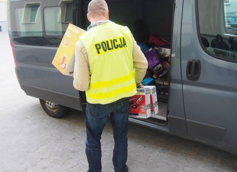 (jac)W czwartek, 18 lutego zielonogórscy policjanci zatrzymali 36-letniego mężczyznę, który w grudniu ub.r. w sklepach w Zielonej Górze i Sulechowie