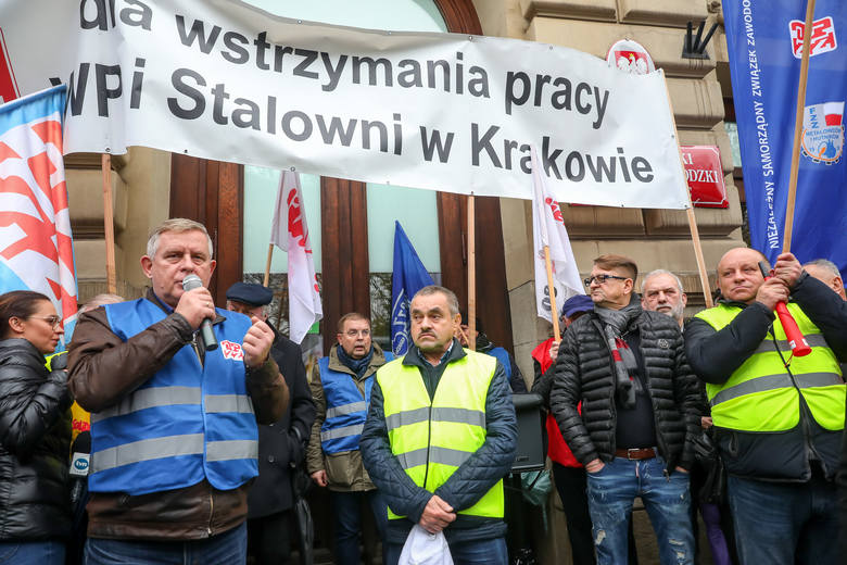 """Kraków bez huty, wszystko drożeje, Andrzej Duda przegra. Czy Polki i Polacy uwierzą, że """"PiS już rozdał, a teraz będzie zabierać""""?"""