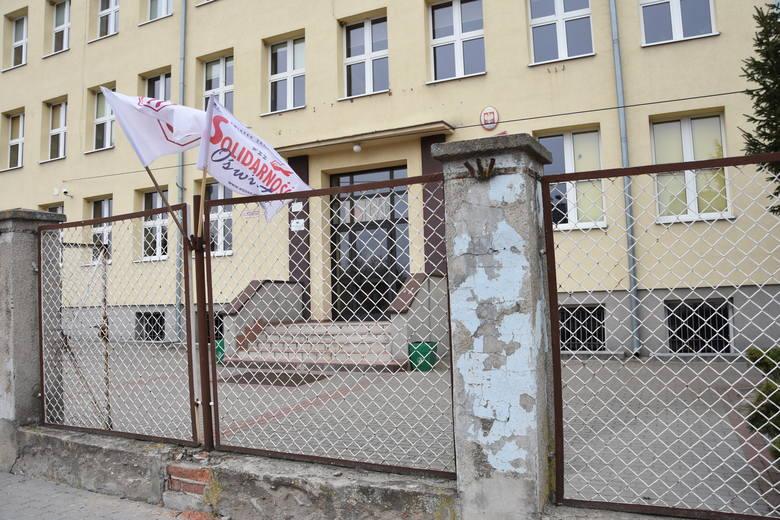 W szkołach regionu wciąż trwa strajk pod flagą ZNP
