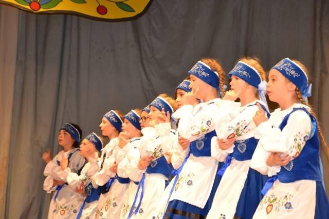 W Bytowie odbył się XXV Przegląd Twórczości Kaszubskiej Dzieci i Młodzieży w kategorii zespoły wokalno-taneczne.Na konkurs wpłynęło łącznie 12 zgłoszeń